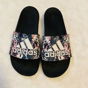 Adidas paint splatter Slides sandals sz 8